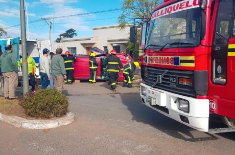 Accidente y vuelco en Chacabuco y América